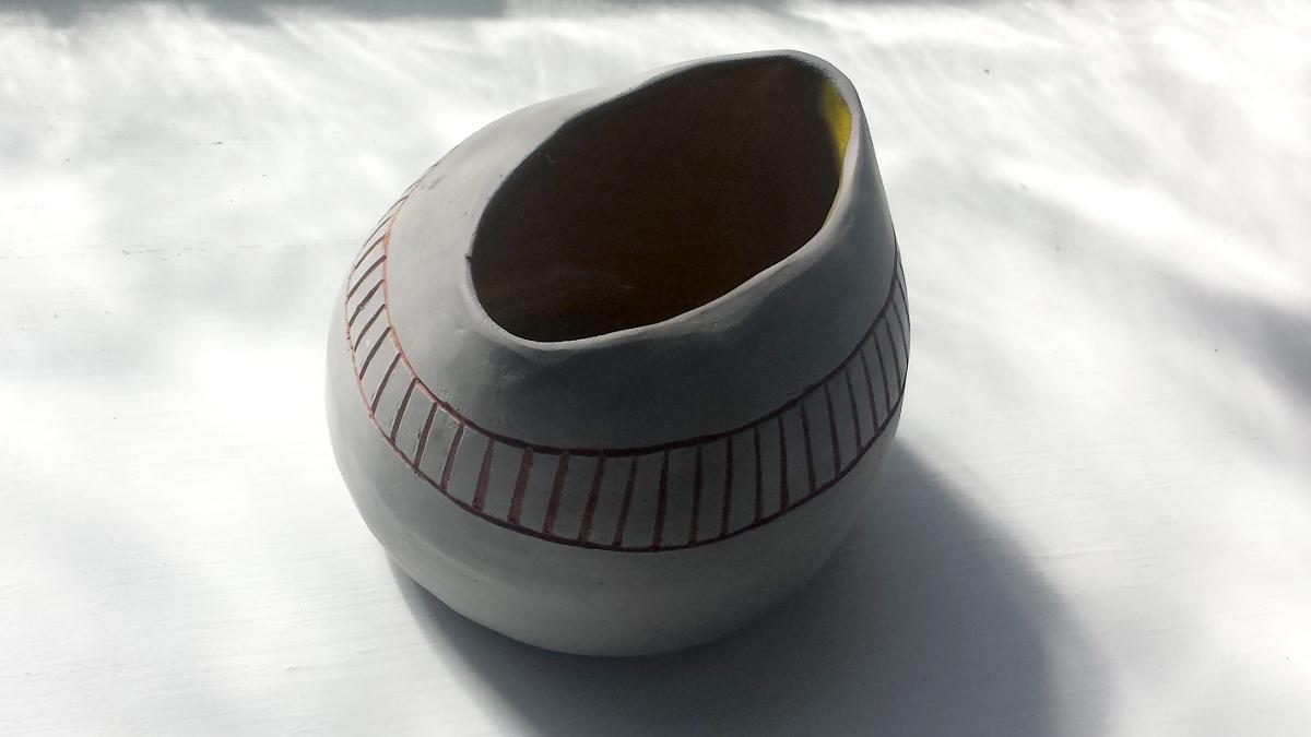grello-carved-pot