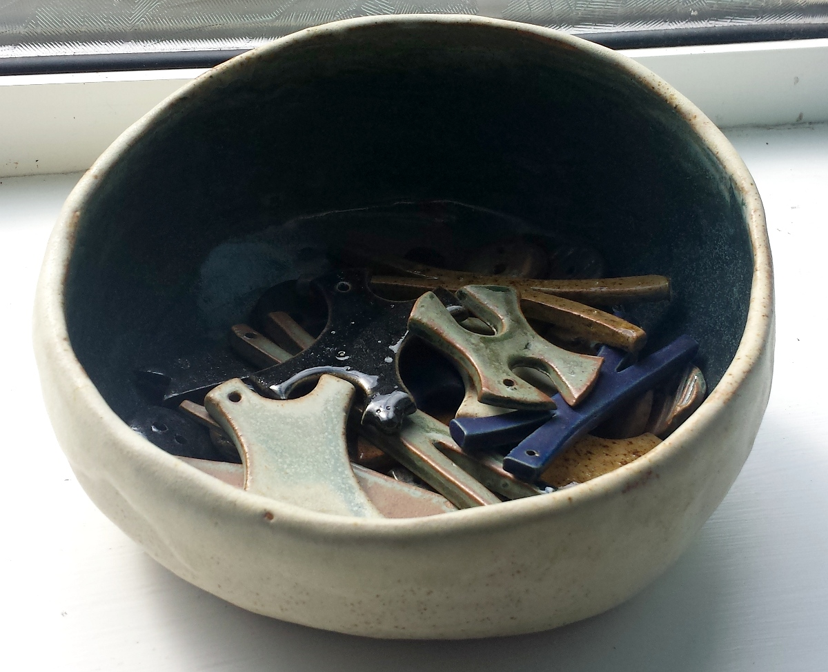 sloped-bowl-filled-with-small-pieces